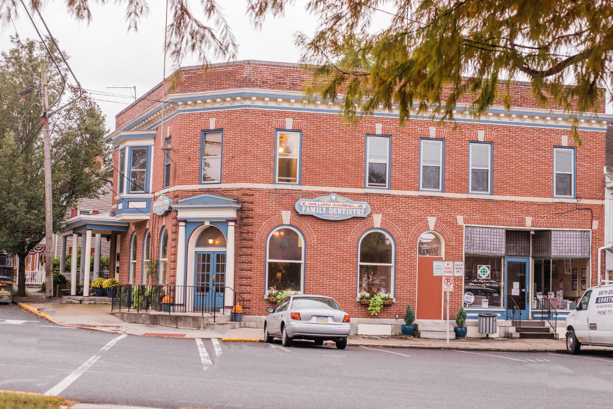 New Oxford Dental Office - Dentistry on the Square